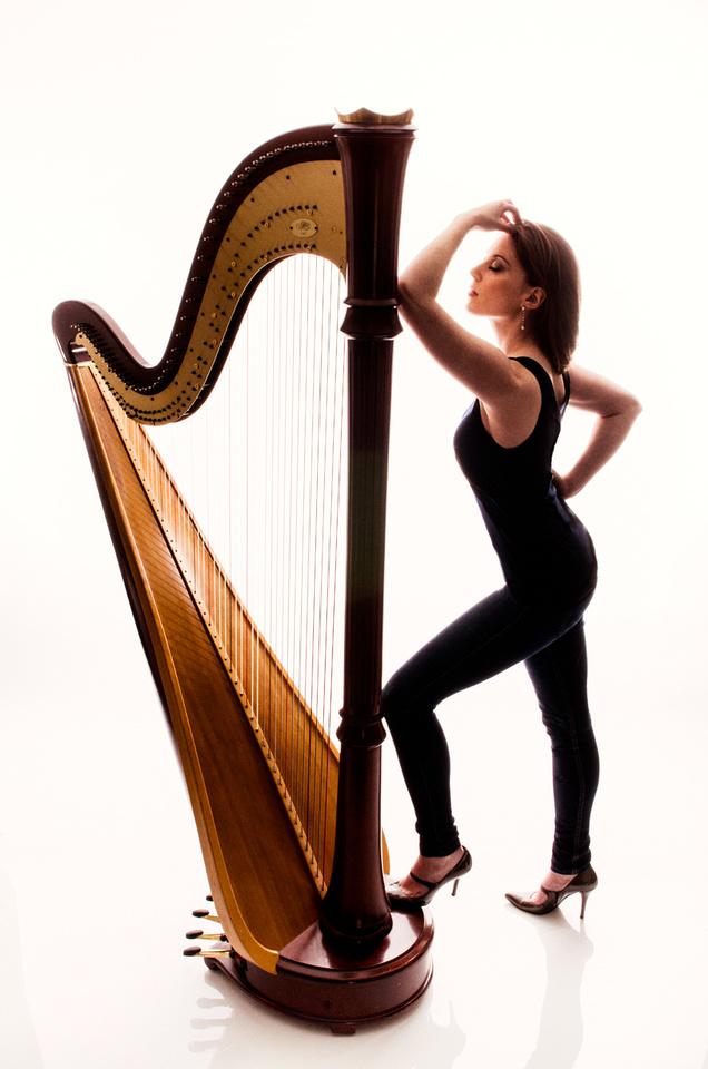 Harpist Caroline Cole